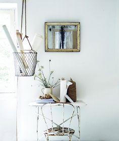 FleaingFrance.....Pale interior styling Hans Blomquist