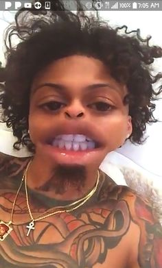 He hella funny on that snap August Baby, Gorgeous Black Men, August Alsina, Cute Celebrities, Baby Daddy, Man Crush, Celebrity Crush, Famous People, Bae