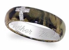 Beautiful camo wedding ring