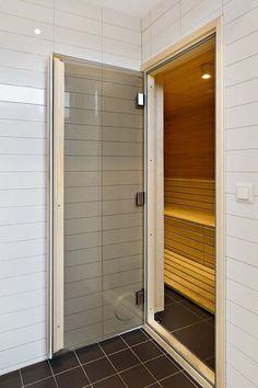 Bright Gothenburg Apartment (12)