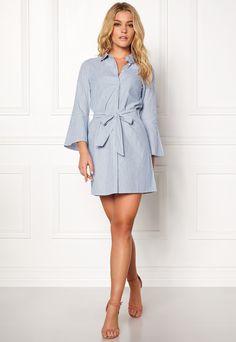 Happy Holly Filippa shirt dress Striped Striped Dress, Dresser, Shirt Dress, Happy, Casual, Shirts, Fashion, Dress, Moda