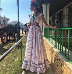Rächer Endspiel - My Bilder Modest Dresses, Cute Dresses, Elegant Summer Dresses, Flamenco Skirt, Dress Outfits, Cute Outfits, Hijab Stile, Bohemian Mode, Frack