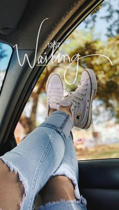 Converse Unisex Adults' Chuck Taylor All Star Ii Reflective Camo Hi-Top Sneakers Instagram Hacks, Instagram And Snapchat, Instagram Blog, Instagram Story Ideas, Instagram Captions For Summer, Creative Instagram Photo Ideas, Insta Photo Ideas, Girl Photography Poses, Tumblr Photography