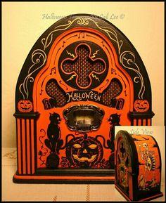 Hallowe'en Radio by Cali Lee