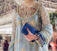 Beautiful formal wedding dress for girls - Pakistani dresses Pakistani Party Wear Dresses, Shadi Dresses, Pakistani Wedding Outfits, Wedding Dresses For Girls, Formal Dresses For Weddings, Pakistani Dress Design, Bridal Outfits, Formal Wedding, Stylish Dresses For Girls