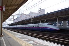 東北新幹線(小山駅)