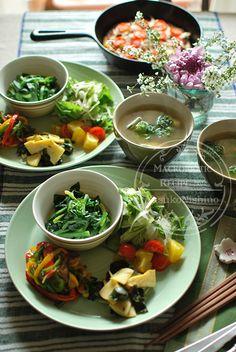 春野菜のワンプレートランチ Food N, Food And Drink, Fruit Recipes, Healthy Recipes, Japenese Food, Food Flatlay, Cooking Dishes, Korean Food, Meals For One