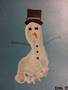Winter craft ...they can use the side of their fist to make a snowman too. @Renee Peterson Hugo