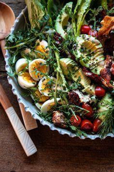 Healthy Recipes Sun-Dried Tomato Chicken and Avocado Cobb Salad with Tahini Ranch Healthy Recipes, Healthy Salads, Salad Recipes, Healthy Eating, Cooking Recipes, Zone Recipes, Ham Recipes, Broccoli Recipes, Sausage Recipes