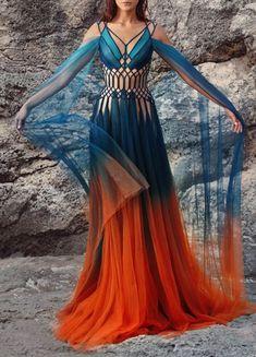 Beautiful dress and photo Pretty Outfits, Pretty Dresses, Beautiful Outfits, Fantasy Gowns, Fantasy Clothes, Fantasy Hair, Mode Outfits, Runway Fashion, Fashion Fashion