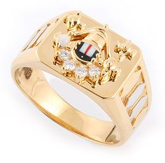 Find divine inspiration with this Lord Venkateswara gold ring studded with diamonds. Latest Gold Ring Designs, Mens Ring Designs, Gold Bangles Design, Gold Jewellery Design, Gold Ring Indian, Gents Gold Ring, Gold Ring Images, Gold Finger Rings, Gold Jhumka Earrings