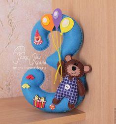 Цифра из фетра для торжественного празднования Дня рождения. Декор для детского праздника из фетра.