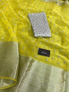 Kanchi Organza Sarees, Silk Saree Kanchipuram, Pink Saree Blouse, Silk Saree Blouse Designs, Indian Silk Sarees, Soft Silk Sarees, Rekha Saree, Saree Embroidery Design, Floral Print Sarees