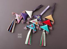 유주부띠끄 Handmade Crafts, Diy And Crafts, Paper Crafts, Embroidery Bags, Embroidery Stitches, Chinese Theme, Kids Gown, Origami Paper Art, Couture Sewing