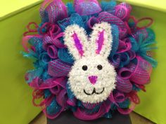 EASTER WREATHS | Easter wreath | Debs Dazzling Deco Mesh