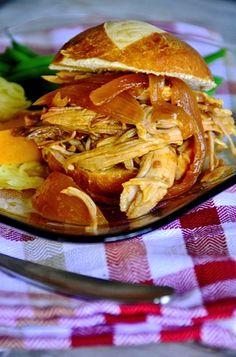 3 easy ingredients: Slow Cooker Carolina Gold Pork Sliders ReluctantEntertainer.com