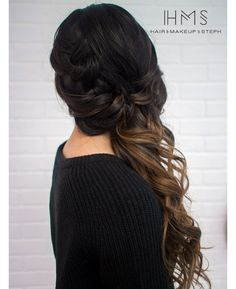 Braided side swept look. Braided side swept look. Unique Wedding Hairstyles, Prom Hairstyles For Long Hair, Side Swept Hairstyles, Pretty Hairstyles, Braided Hairstyles, Bridesmaid Side Hairstyles, Bridesmaid Hair To The Side, Pixie Hairstyles, Hairstyle Ideas