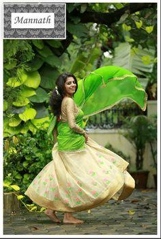 Set Saree, Half Saree Lehenga, Banarasi Lehenga, Saree Dress, Half Saree Designs, Lehenga Designs, Saree Blouse Designs, Kerala Wedding Photography, Kerala Saree