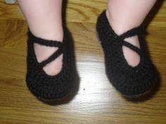 Little h Custom Designs: Baby/Toddler V-Strap Shoes- The tutorial!