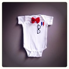 $22.00 The Über Geek Baby Clothes by TheWishingElephant on Etsy