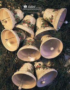 Shabby chic bells - christmas tree