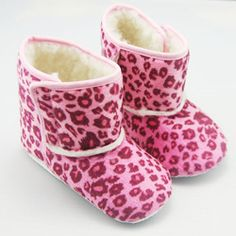@Overstock - These adorable, ultra comfortable baby boots from Augusta Baby are designed to keep those little toes toasty and warm. Soft faux fur lining and non-slip soles ensure comfort and safety for you little one.http://www.overstock.com/Baby/Pink-Leopard-Winter-Booties/6319500/product.html?CID=214117 $12.19