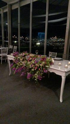 Galeria Floral/ Mesa de Novios/ rosas, orquideas, hortencias y alelis