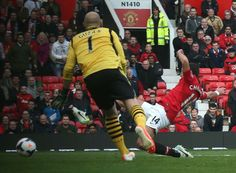Chicharito gets on the end of Januzaj's cross to round off the scoring.
