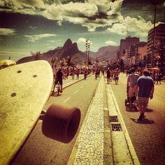 #longboarding #longboard #longboardskateboard #skating #skate #skateboard #skateboarding #sk8 #carve #carving #cruise #cruising #bomb #bombing #bombhills #bombhillsnotcountries #speed