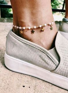 Top Anklets to buy and Gold jewelry for men - Products - Jewelry Dainty Jewelry, Cute Jewelry, Jewelry Accessories, Fashion Accessories, Women Jewelry, Jewelry Design, Gold Jewelry, Fashion Jewelry, Jewelry Ideas