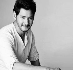 Iphone Wallpaper Vintage Hipster, Mahesh Babu Wallpapers, Friendship Songs, Throwback Pictures, Black Art Painting, Photography Poses For Men, Stylish Boys, Upcoming Films, Indian Movies