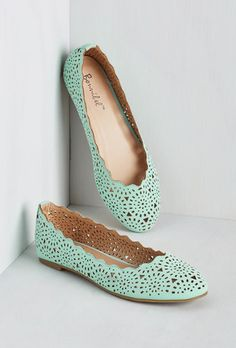 Minty lasercut flats? Yes, please!