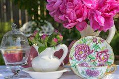 My Cozy Corner: Tea Cups
