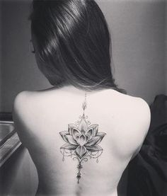 Spine tattoos look so attractive and beautiful especially for women!