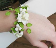 Orchid Flowers bracelet. Polymer clay jewelry. Ivory white spring green bracelet. Romantic wedding bracelet. Prom Corsage. Prom bracelet.