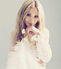 Mary-Kate Olsen...love her old look
