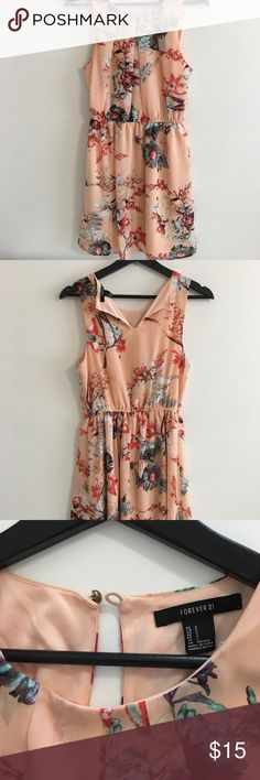 Forever 21 floral dress. Size S Used floral dress from forever 21. Salmon color, size small Forever 21 Dresses