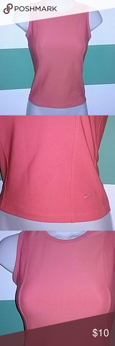 Flash Sale🎉Nike✅ Nike Dri-Fit Tank  Size (0-2) Great Condition, practically brand new!   *This does not have a built in bra!!!* *Regular Dri-Fit Tank Top* Nike Tops Tank Tops