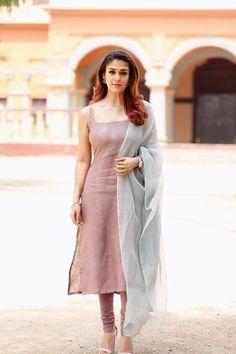 Pin by cinemakkaran on indian actress photos in 2019 indian Designer Kurtis, Indian Designer Suits, Designer Dresses, Churidar Designs, Kurta Designs Women, Simple Kurti Designs, Sari Design, Diy Design, Dress Indian Style