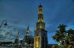 Islamic Center,Samarinda di senja hari..