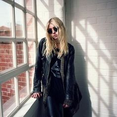 WEBSTA @ goin.down - i like this pic :){ #taylormomsen #theprettyreckless }