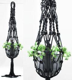 suporte para planta em macramê preto