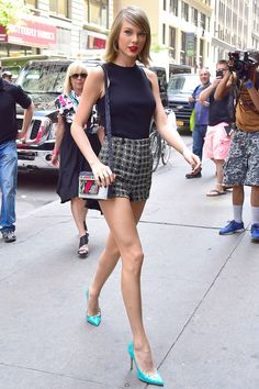 Taylor Swift in Tribeca in New York City on May 26, 2015.   - Cosmopolitan.com