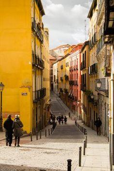 Calle del Calvario. One of the 17th-century streets in the Old Jewish Quarter of Lavapies. Madrid