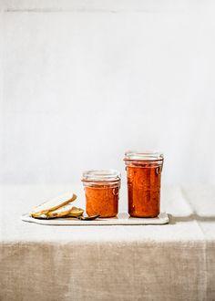 Receta con vídeo de salsa de tomate frito a mi manera, sin azúcar y aprovechando el tomate entero, sin tirar nada. Con consejos. Tableware, Tomato Sauce, Homemade Recipe, Recipes, Sauces, Homemade, Winter, Pictures, Tips