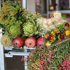 Autumn delights from Florabundance Wholesale. Do you like textures in your floral designs? We've got you covered! Warm Autumn, Artichokes, Fall Flowers, Ranunculus, Happy Saturday, Floral Designs, Pepper, Berries, Bride