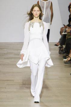 Pin for Later: Tous les Looks Qui Conviendraient à une Mariée Vus à la Fashion Week de Londres Antonio Berardi Printemps/Été 2016