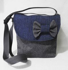 148aa3b4c7912 Small crossbody   linen purse   purse for girl   purse with bow   purse for  young lady. Torebka listonoszka ...