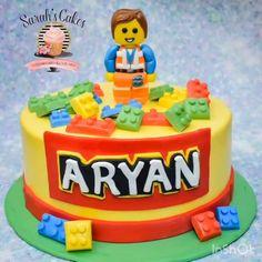 Chorizo cake fast and delicious - Clean Eating Snacks Cake Lego, Easy Lego Cake, Lego Movie Cake, Robot Cake, Lego Minecraft, Lego Lego, Lego Disney, Nintendo Cake, Blackberry Cake
