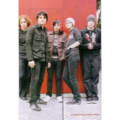 MCR ❤ liked on Polyvore featuring mcr, my chemical romance, bands, music and pictures